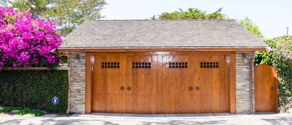 wood-garage-door